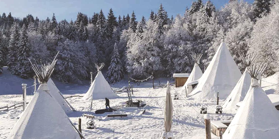 Camp de trappeurs en Savoie