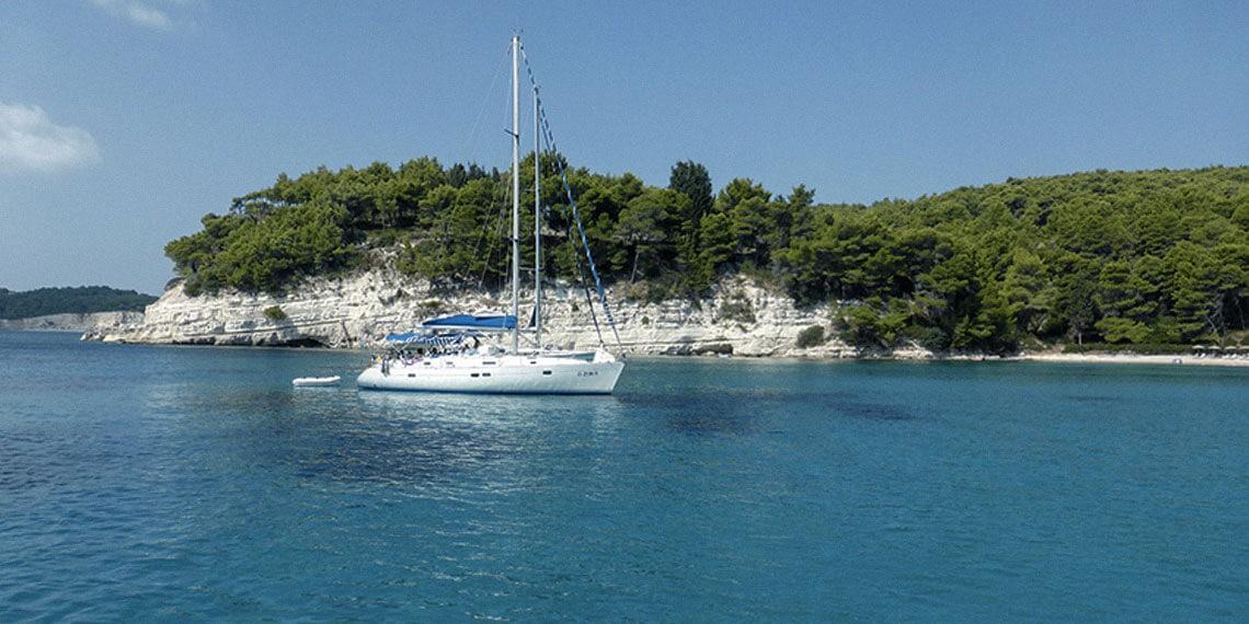 Tomber amoureux de la Grèce en voilier…
