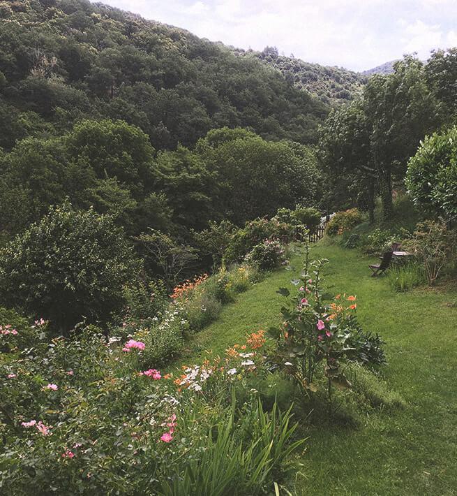 Vallée isolée en Ardèche digital detox