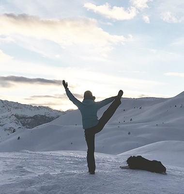 Out Of Reach en raquettes et yoga dans les Hautes-Alpes