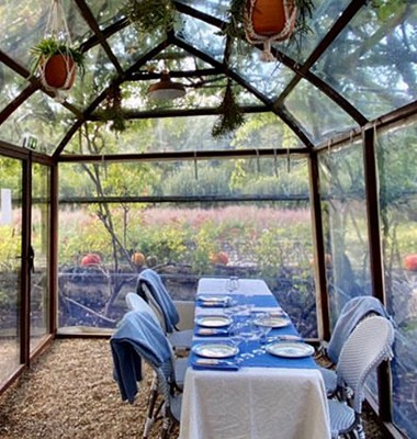 Déjeuner dans un jardin de château de la Loire