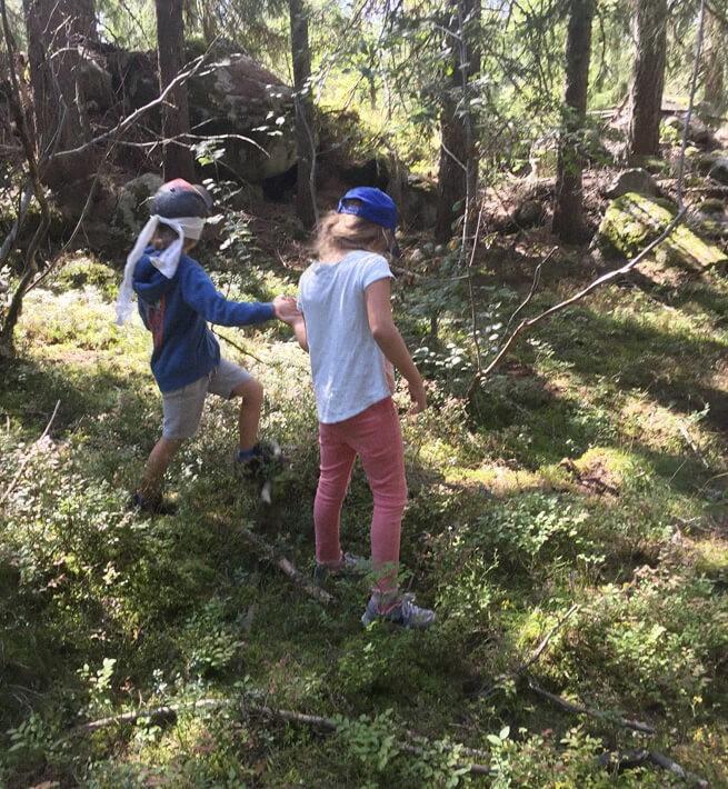 Goûter sauvage au coeur de la forêt, en famille - 2