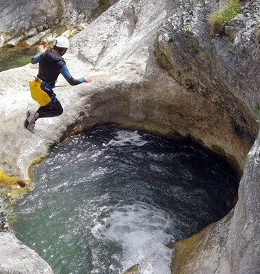 Demi journée Canyoning dans le Devoluy, labellisé Out Of Reach