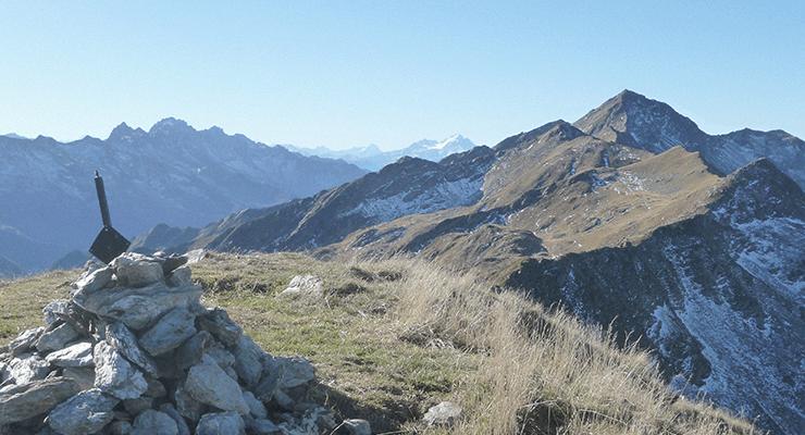 Vue depuis un sommet des Alpes d