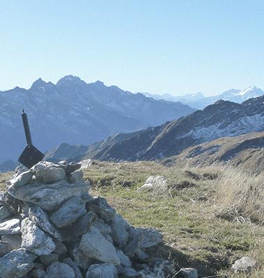 Point de vue sur les Alpes du No