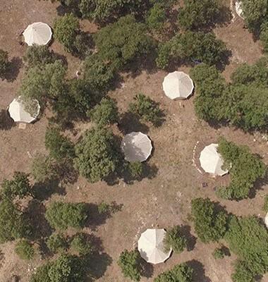 Campement de tentes dans le Lubé