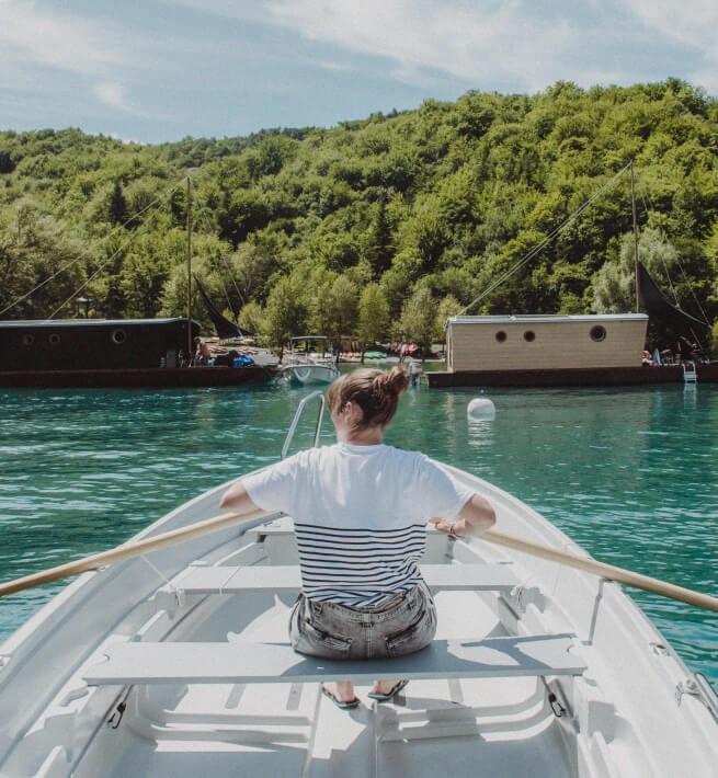 Barque Lac Toue Rame